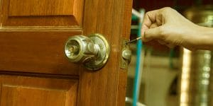 call a locksmith - Door N Key Locksmith